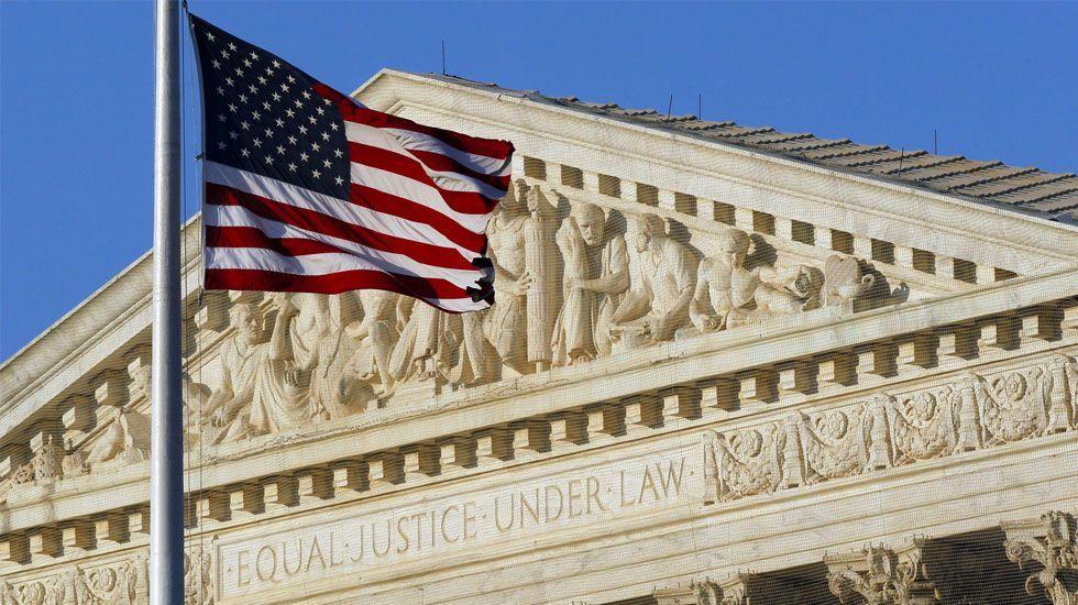Veto migratorio de Trump divide a Corte Suprema en EE.UU. - Foto de AP