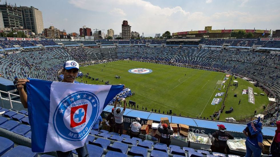 #Video Albañiles se despiden del Estadio Azul a días de su demolición - Foto de Mexsport