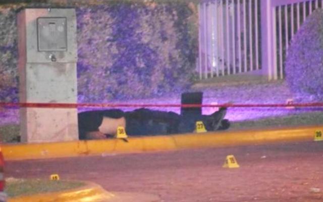 Balean a escolta del fiscal de Chihuahua, hay un muerto y tres heridos