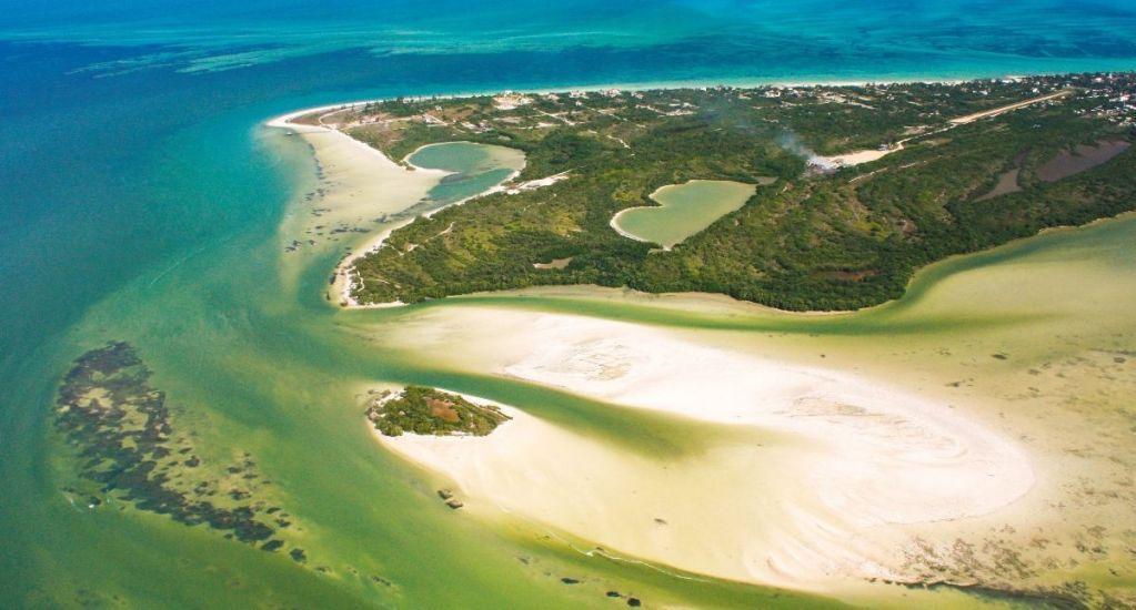 Inician Controversia Constitucional para defender Holbox - Foto de Holbox Island