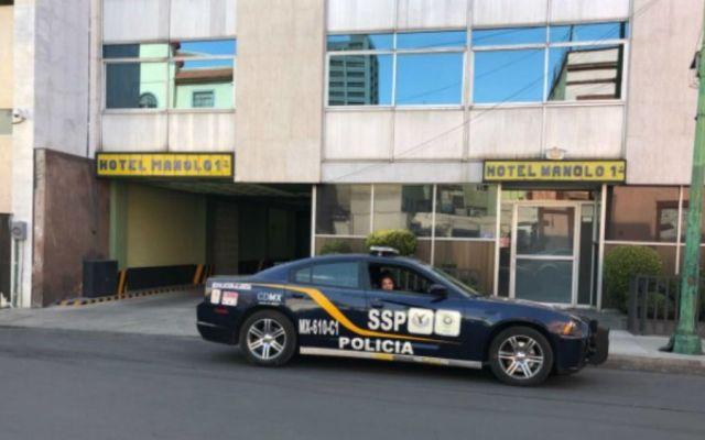 Matan a mujer de siete puñaladas en hotel de la CDMX - Foto: @MANOLOHDZ.