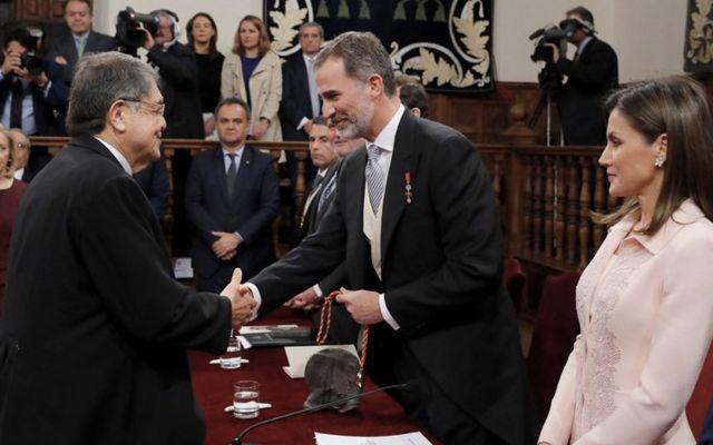 Sergio Ramírez recibe el Premio Cervantes - Foto de AP
