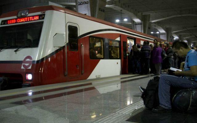 Tren suburbano operará con horario especial el 1 de mayo - Foto de Internet