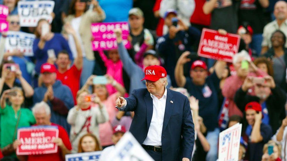 Fundador de Cambridge Analytica compara a Trump con Hitler - Foto de CNN