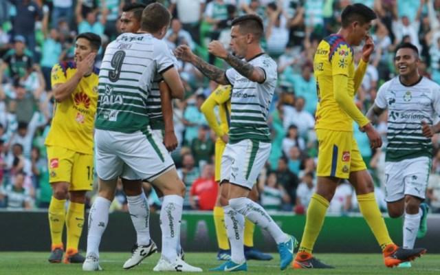 Santos golea y 'baila' al América en Torreón - Foto de @CabinaSports