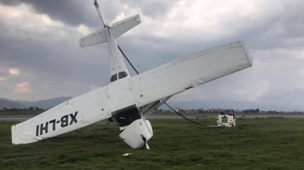 Se despista avión pequeño en Aeropuerto de Toluca - Foto de @flyAPM