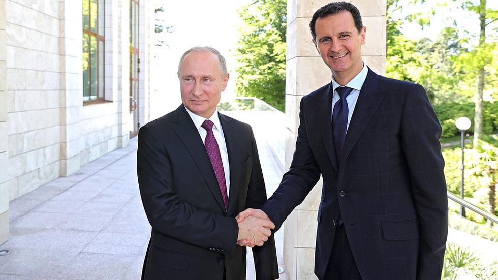 Putin se reúne con Bashar al-Asad en ciudad rusa de Sochi