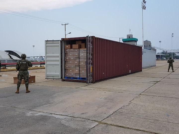 Aseguran en Veracruz contenedor con 528 kg de marihuana