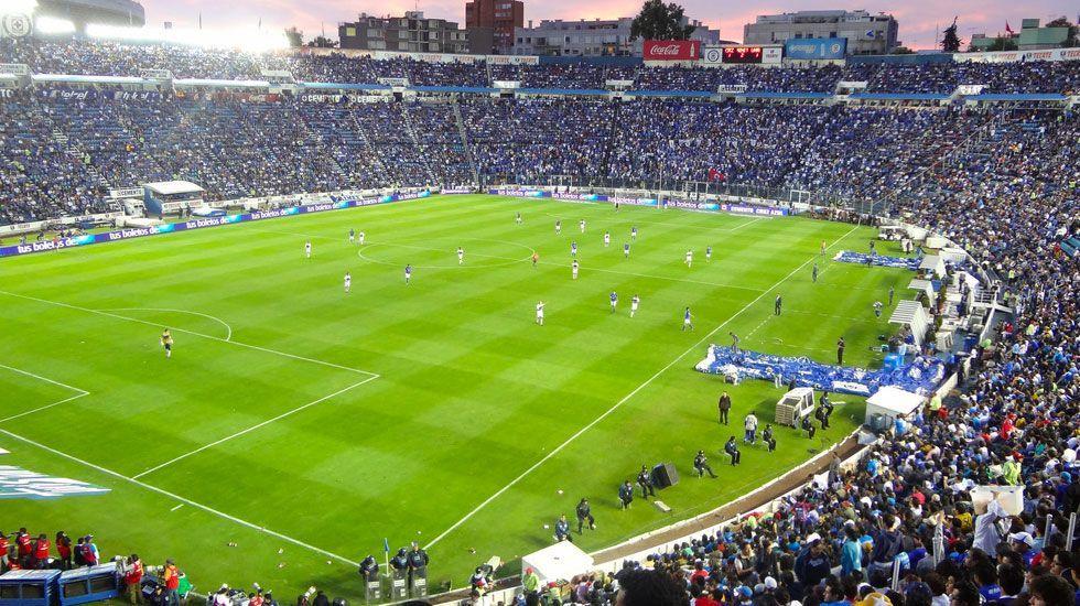 Sheinbaum en contra de la demolición del Estadio Azul - Foto de WikiMedia Commons