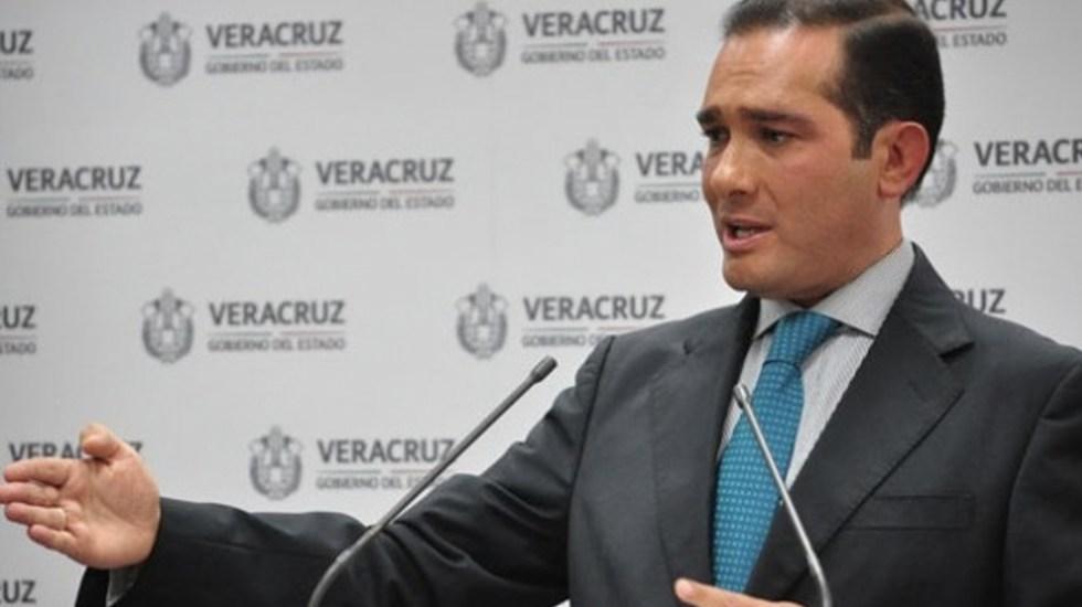 Interpol emite ficha roja contra exfiscal de Veracruz - Foto de Quadratín