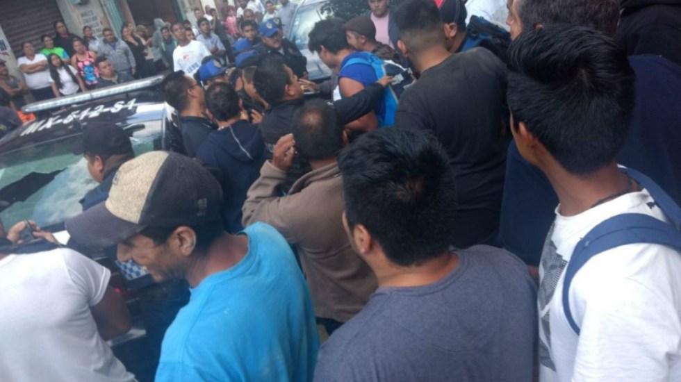 Intentan linchar a supuesto ladrón en la Magdalena Contreras - Foto de @grawperez