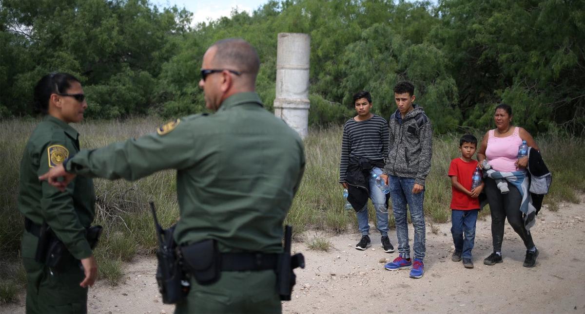 'Encerrarán' a niños en bases militares