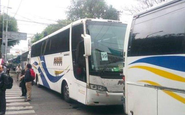 Manifestantes bloquean Eje 7 Sur y lateral de Reforma