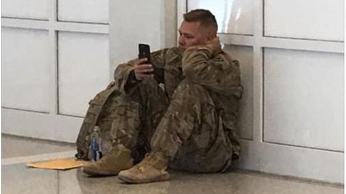 #Video Soldado presencia el nacimiento de su hija por FaceTime