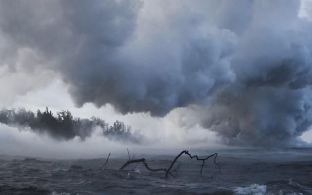 Laze: las nubes tóxicas del Kilauea que amenazan Hawaii - Foto de AP