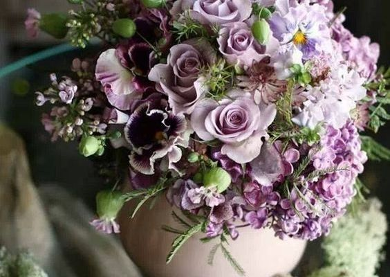 Diez tips para hacer arreglos florales perfectos para tu casa