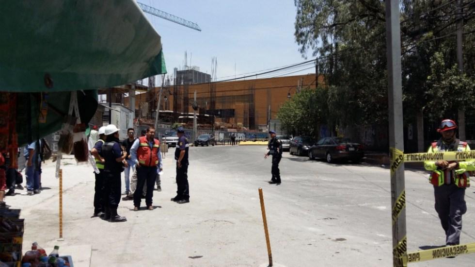 Mueren dos presuntos ladrones atrás de Centro Coyoacán - Foto de @LCamarilloC