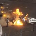 #Video Padre rescata a su hijo de auto de carreras incendiándose