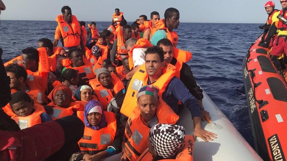 Buque español rescata a 60 migrantes en el Mediterráneo - Foto de Open Arms