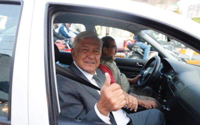 López Obrador invita a participar a su gobierno a Mondragón y Kalb - Foto de Internet