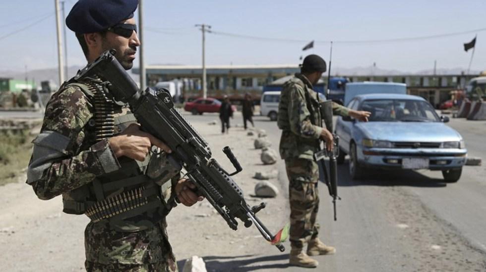Atentado en Afganistán deja al menos 10 muertos - Foto de AP