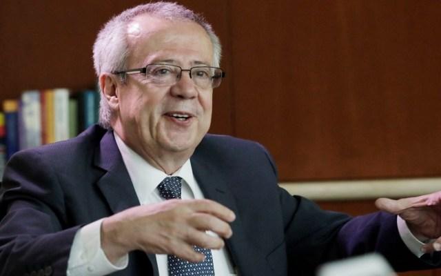 Las reservas internacionales no se tocan: Carlos Urzúa - carlos urzua rechazó la idea de utilizar las reservas de banxico en programas sociales