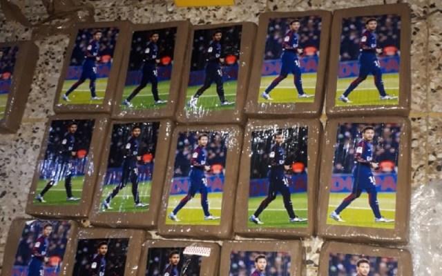 Decomisan cocaína en paquetes con estampas de Neymar - Foto de @PNCdeGuatemala