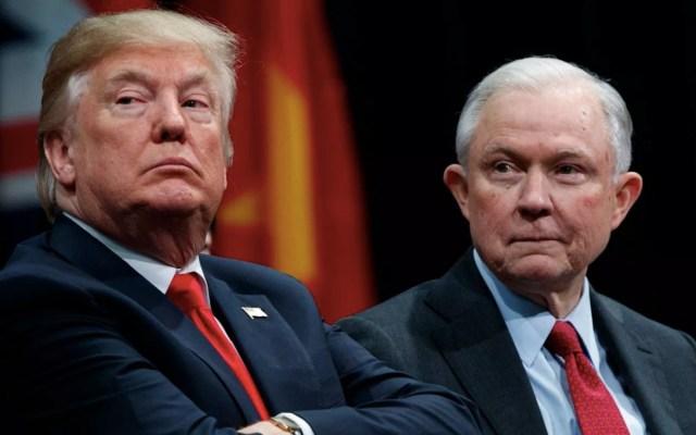 Investigan si tuits de Trump interfirieron con la investigación de injerencia rusa - Foto de Quartz