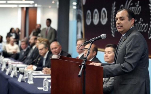 Ernesto Cordero se retira de la política - Foto de Senado