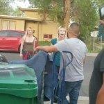 Arrestan a gemelas por insultos racistas en Estados Unidos