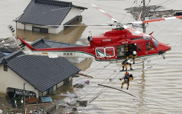 Suman 156 muertos por lluvias en Japón