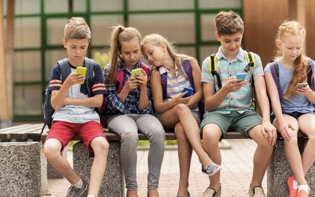 Parlamento francés prohibe el uso de celulares en escuelas - Foto de Le Figaro