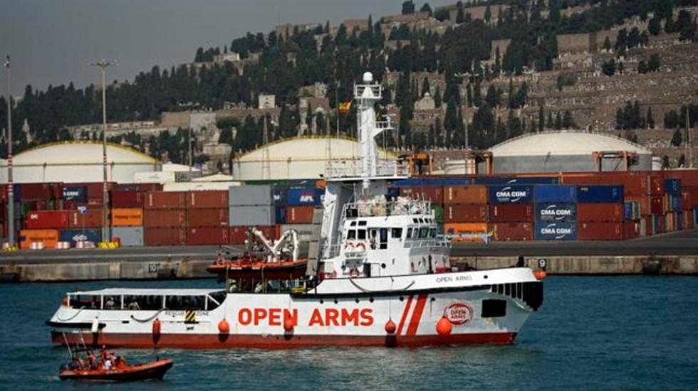 Llega a Barcelona barco de ONG con 60 migrantes rescatados - Foto de La Vanguardia
