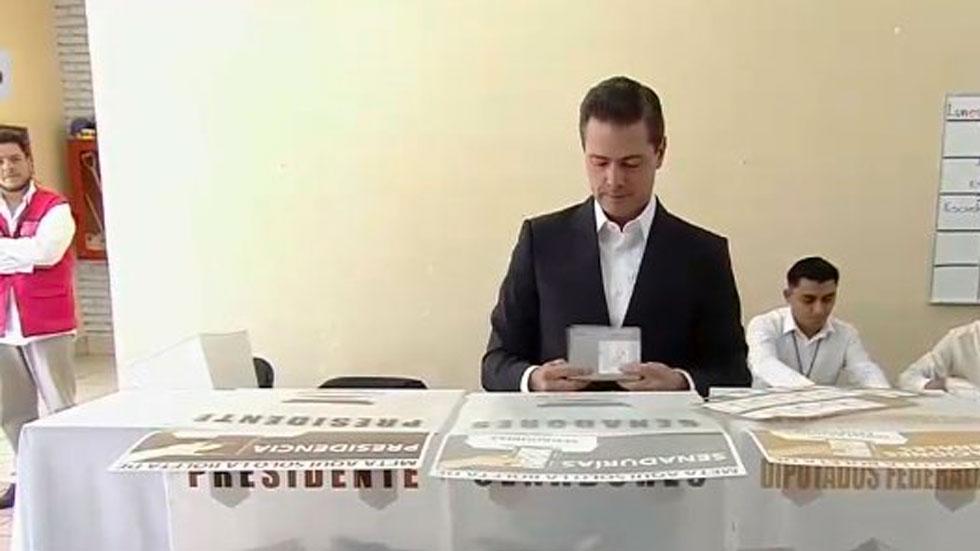 Plantea Peña Nieto una transición ordenada