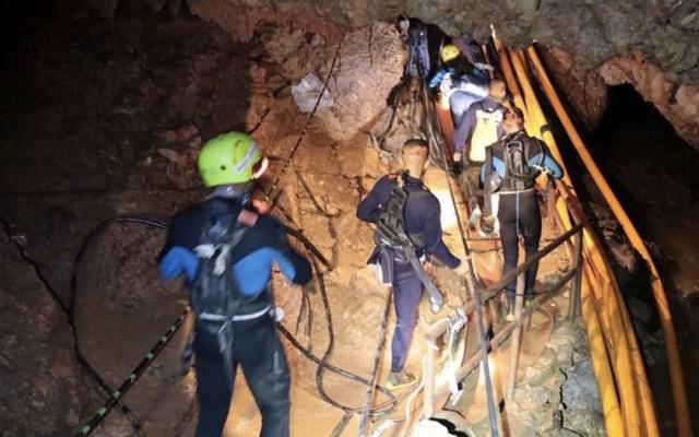Revelan detalles sobre rescate de niños en cueva de Tailandia - Foto de AP