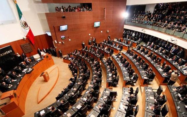 Plan de austeridad eliminará incluso las botanas de los senadores - Senado apoyaría despenalización de amapola