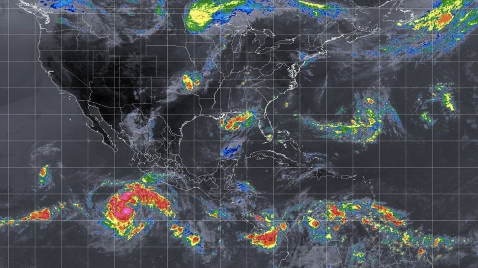 Se forma la tormenta Fabio al sur de Jalisco - Foto de Internet