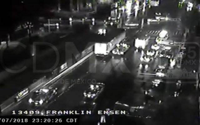 #Video Tráiler impacta patrulla e inicia persecución en Circuito - Captura de pantalla