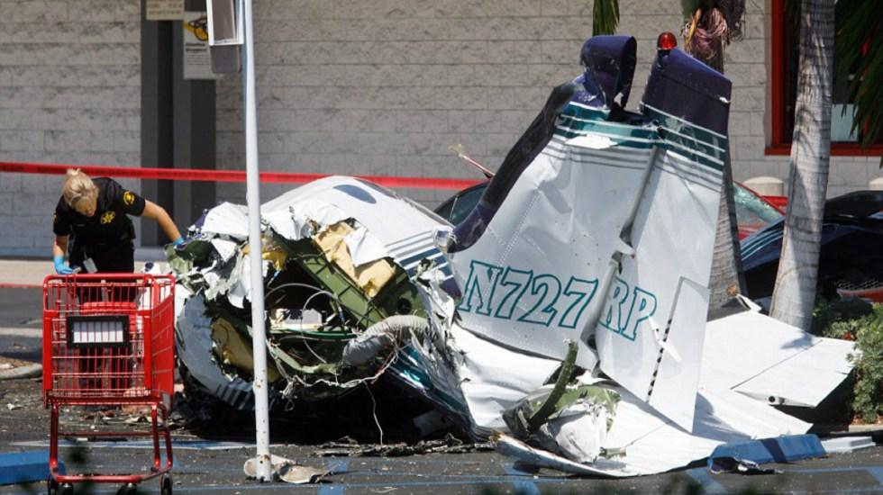 #Video El momento en que un avión se estrella en California - Foto de EPA