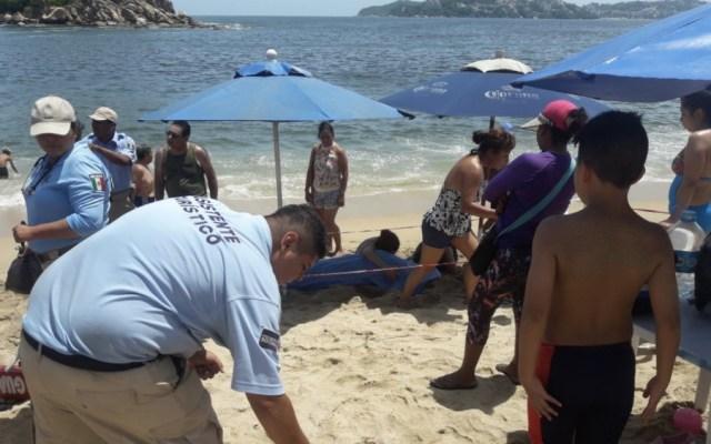 Muere turista de CDMX al ser arrastrado por las olas en Acapulco - Foto de @l4nd3t4
