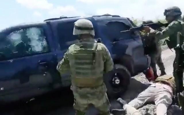Soldados atienden a delincuentes heridos tras tiroteo en Tamaulipas - Captura de pantalla