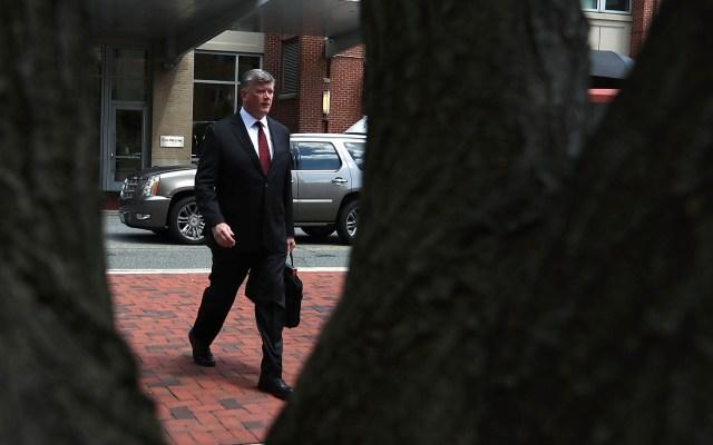Finaliza la comparecencia de jefe de campaña de Trump - Kevin Downing, abogado de Paul Manafort. Mark Wilson/Getty Images North America/AFP