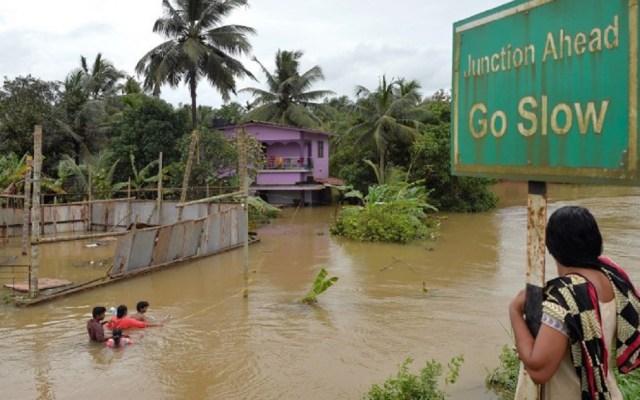 Se eleva a 324 número de muertos por inundaciones en India - Foto de AFP / Manjunath Kiran