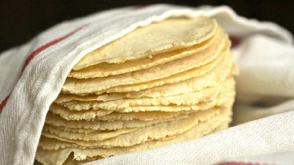 Kilo de tortilla, a punto de alcanzar los 30 pesos - Foto de Archivo