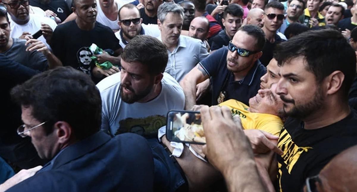 Apuñalan a Jair Bolsonaro, candidato presidencial de ultraderecha en Brasil