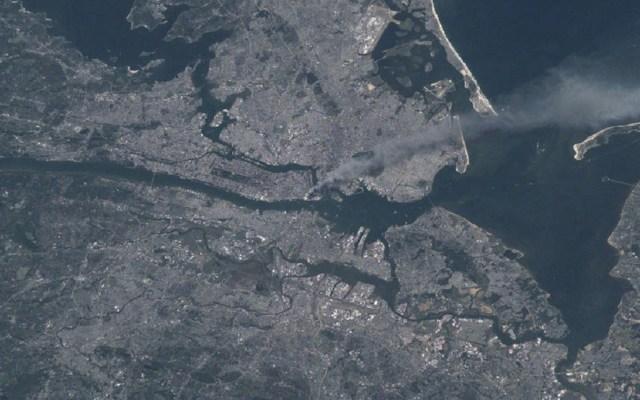 Así se vio desde el espacio el atentado del 11-S - Foto de NASA