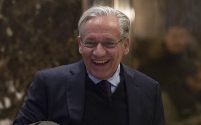 """Trump es descrito como """"idiota"""" por Kelly en nuevo libro de Woodward - Bob Woodward. Foto de AFP"""
