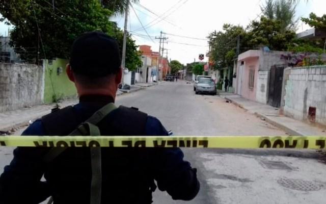Hallan tres cadáveres en Cancún - Foto Especial