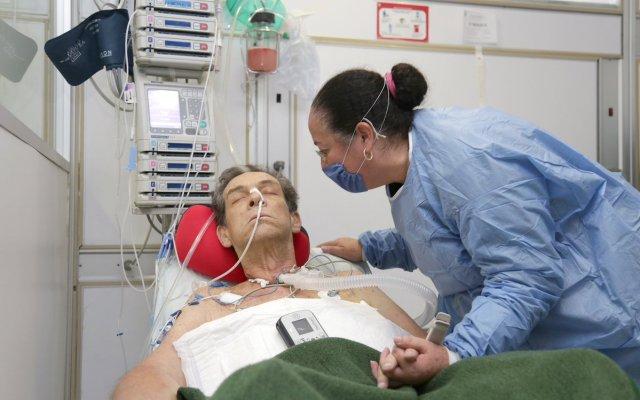 Colocan el tercer corazón artificial - Foto de IMSS