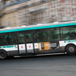 #Video Conductor de camión de pasajeros golpea a joven estudiante